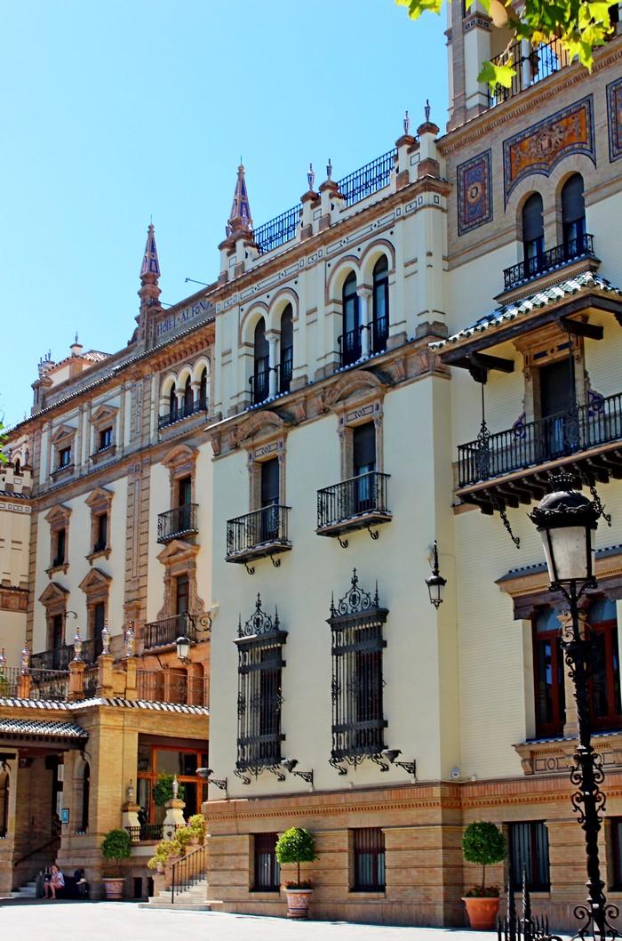 8B. HOTEL ALFONSO XIII
